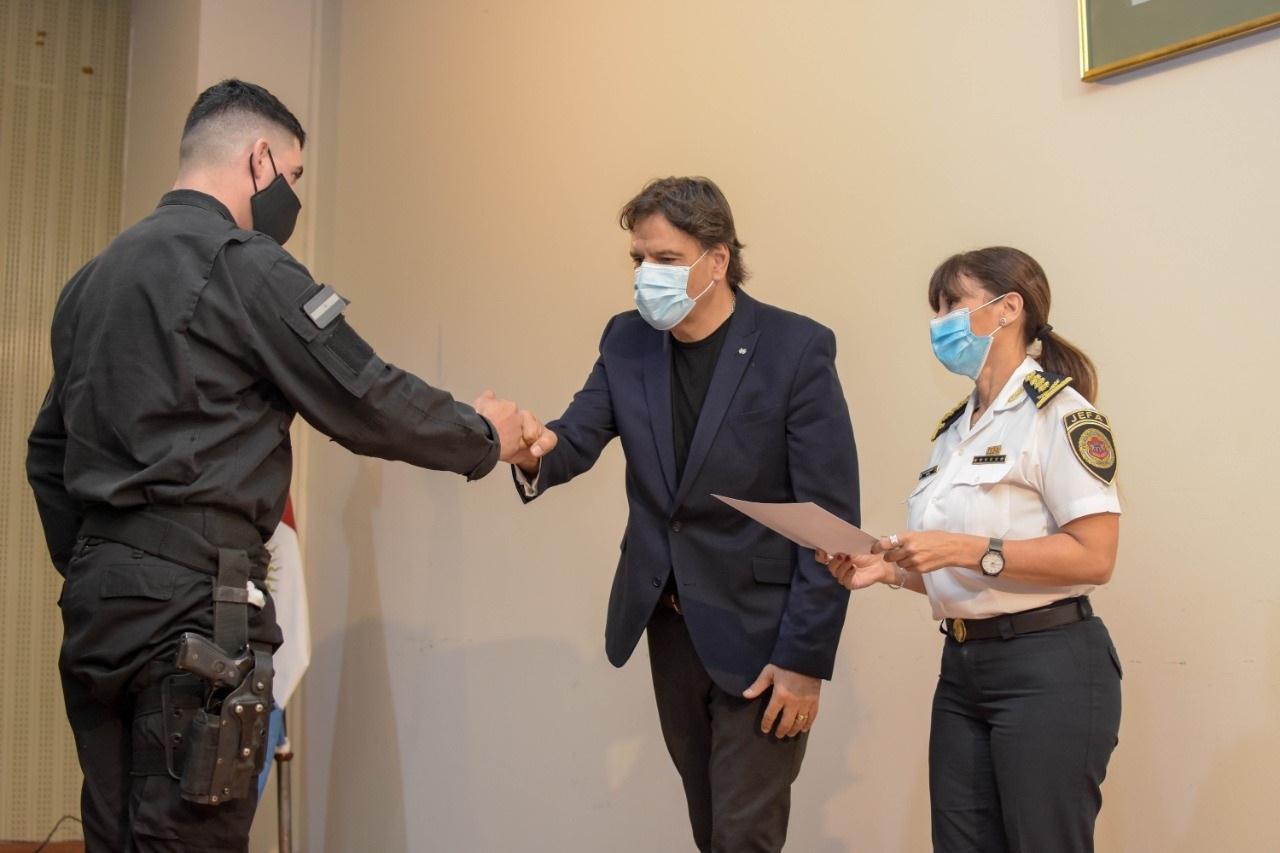 Entrega de certificados  del VII Curso de Brecheros ETER